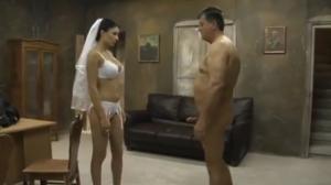Noiva fazendo sexo com o sogro por dinheiro