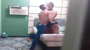 Voyer amador corno assiste escondido esposa com novinho