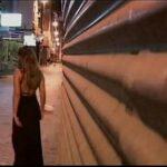 A mulher apareceu uma carona a outra mulher proporcionando uma cirica no shopping do Brasil