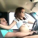 Masturbando no carro